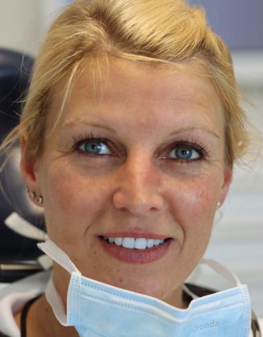 Dr. Yvonne Funke